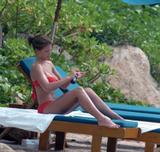 Gemma Atkinson - Red Bikini In Cuba 07/05/08 - Massive tits and very blue eyes - Foto 530 (Джемма Аткинсон - Красное бикини в Кубе 07/05/08 - Массивные сиськи и очень синие глаза -- Фото 530)