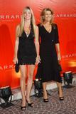 Vanna White - Gerrard Jewelry Store Opening, 7/10/07 x2