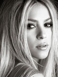 Shakira She Wolf promos. Like above, but these are HQ Foto 1549 (Шакира Она Wolf Акции.  Фото 1549)