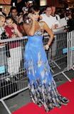 [Photo] Beyoncé au festival de cannes2006 Th_81594_beyonce12