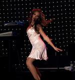 Photos de Beyonce avec différentes coupes de cheveux th 29128 beyonce mix tetra 633 123 632lo